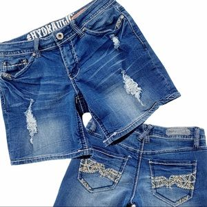 Distressed Jean Shorts Boho Embroidery